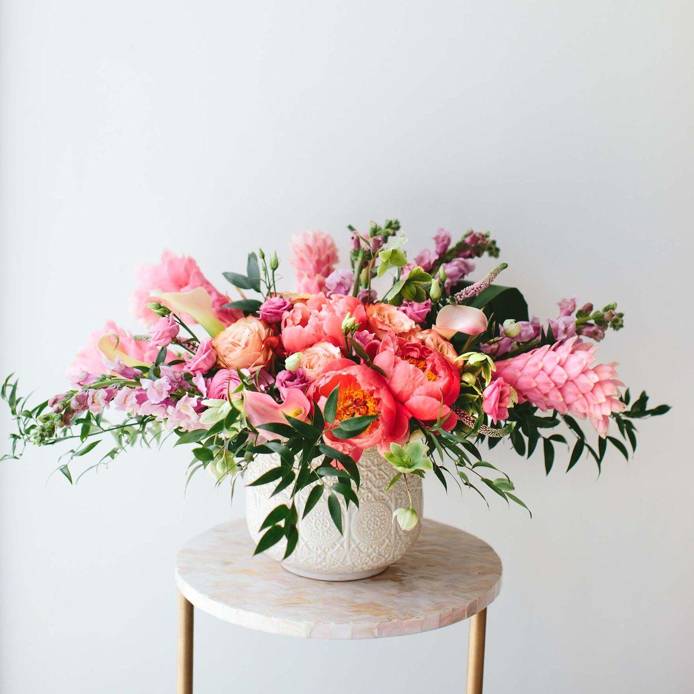 Pink Peony Arrangement Wildfloradesign Com Wildflora Los Angeles Florist Ventura Blvd Studio Peony Arrangement Spring Floral Arrangements Floral Arrangements