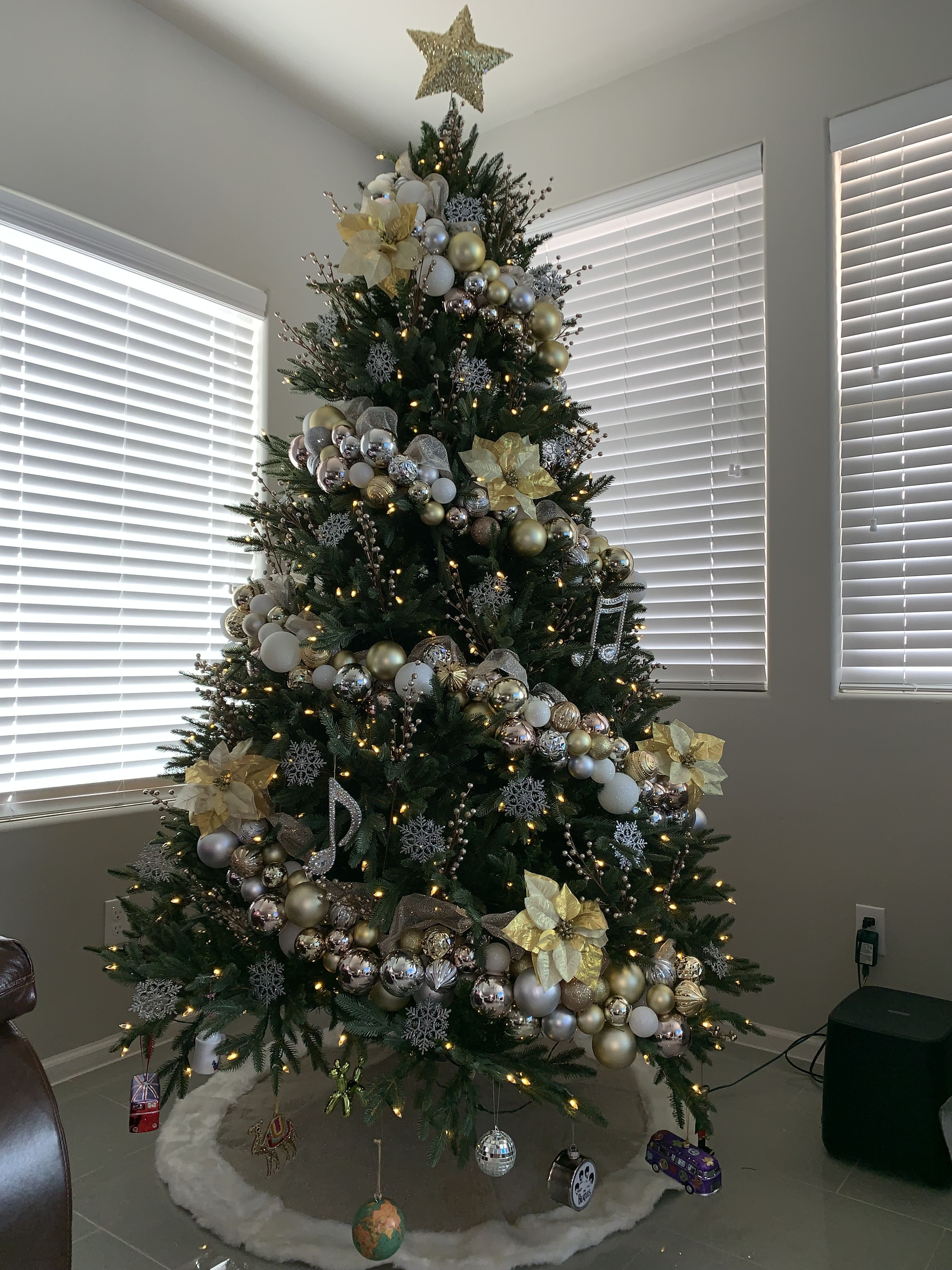 Pin by Heather Chandler on Christmas Holiday decor in