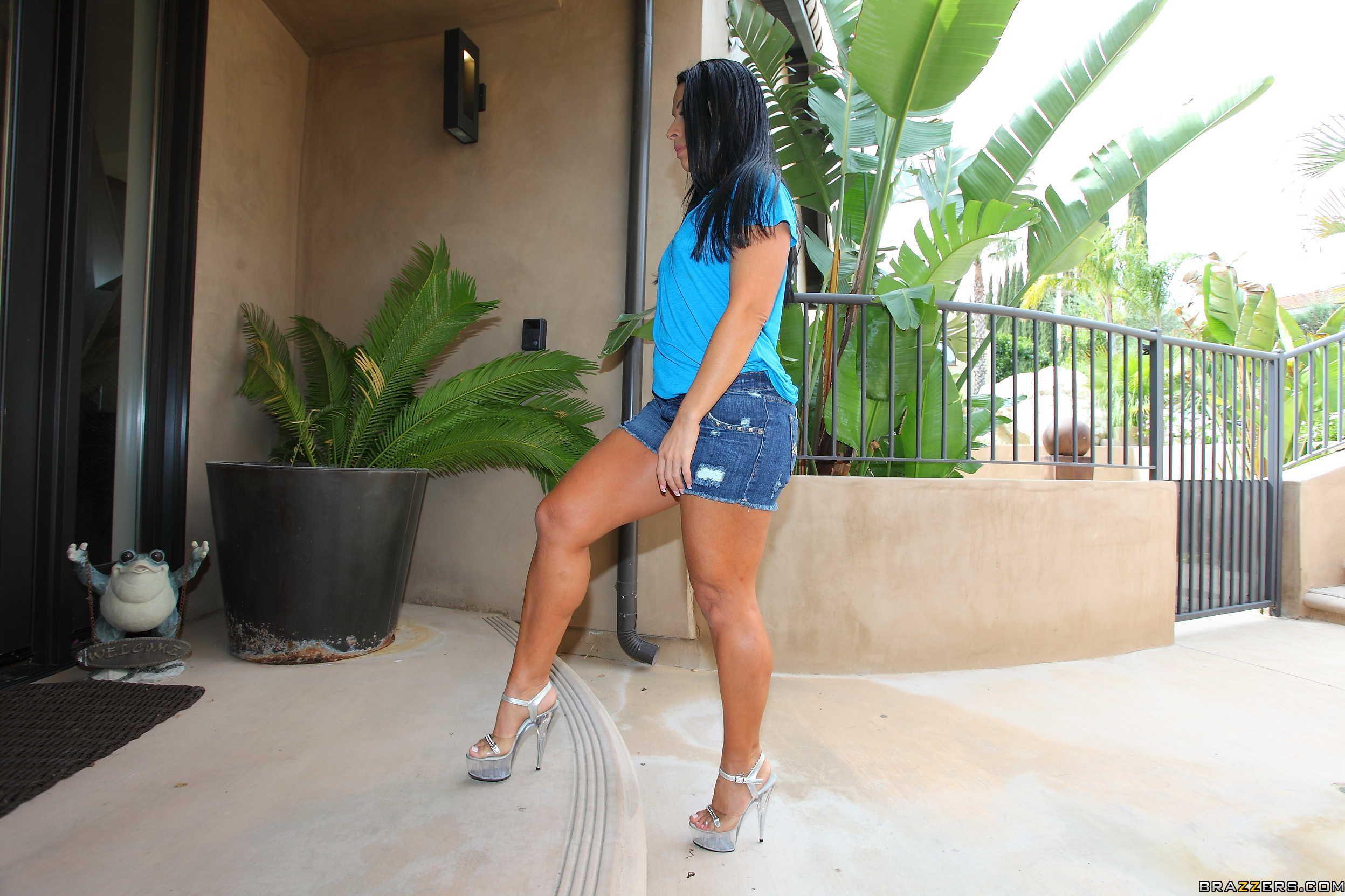 Monica Santhiago naked 868