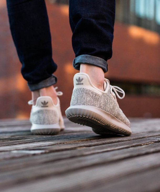 13 Alternatives Aux Adidas Yeezy Boost Zapatos Casuales