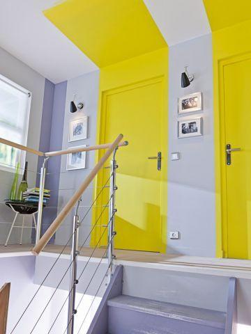 douze mani res de jouer avec la peinture petits appartements hauteur et liminer. Black Bedroom Furniture Sets. Home Design Ideas