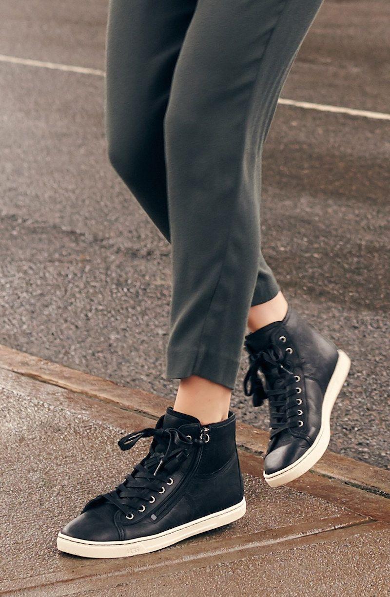 Ugg Australia Blaney Tasseled High Top Sneaker  Moda -5591