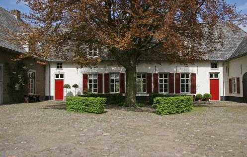 Kasteel Tongelaar Mill, binnenplein