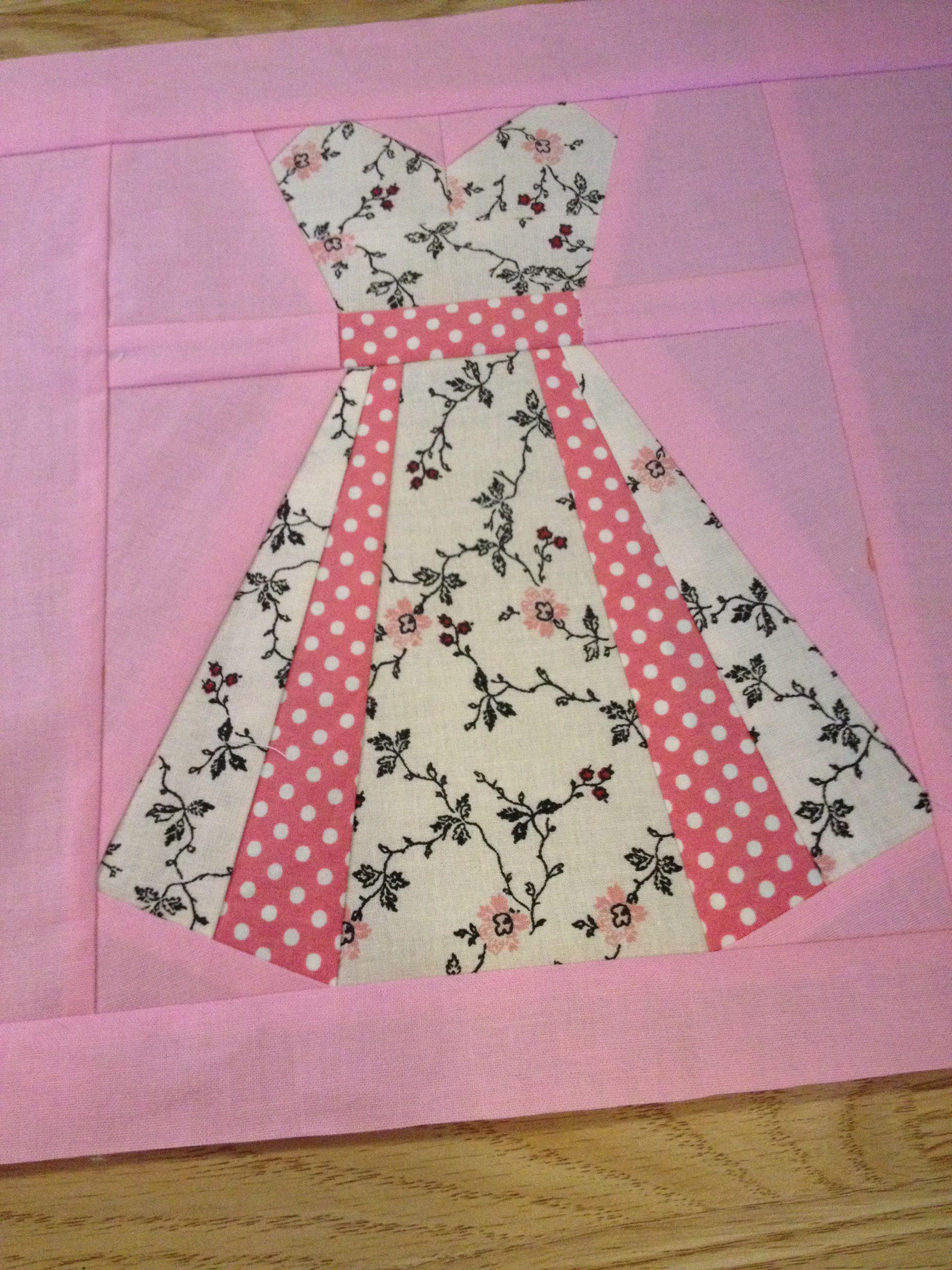 Quilt block 1 - my vintage dresses quilt | Quilts\'nStuff | Pinterest ...