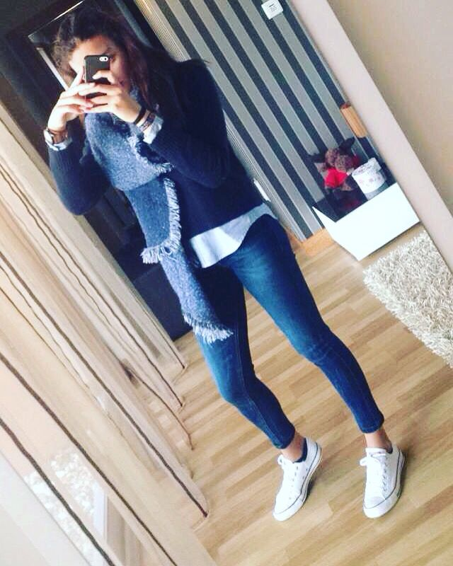 White all star converse outfit