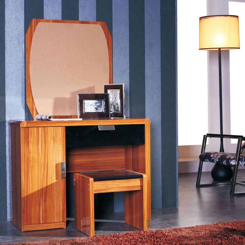 Wooden Dressing Table Design Ideas with Floor Lamps