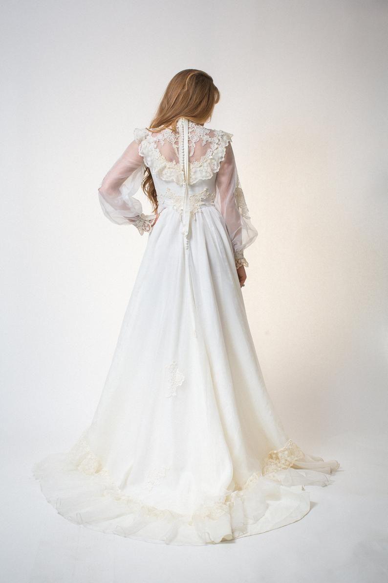 Boho Wedding Dress Vintage 60s 70s Long Sleeve Gown White 60s Etsy 70s Wedding Dress Boho Wedding Dress Vintage Wedding Dress Boho [ 1191 x 794 Pixel ]