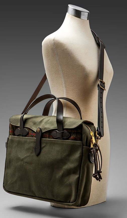 Original Briefcase In Twill Tweed Otter Green By Filson 295 At Revolve Clothing Bolso Mochila Carteras Ropa