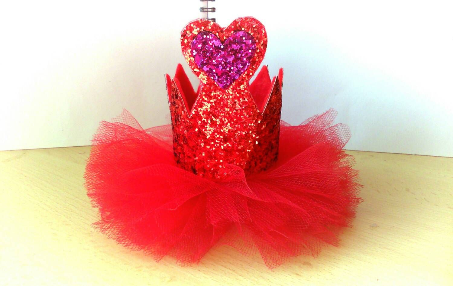 Red Glitter Heart Crown Queen Of Hearts Crown Red Queen Crown Alice In Wonderland Crown Red Queen Fascinator Queen Of Ta Heart Crown Red Glitter Red Queen