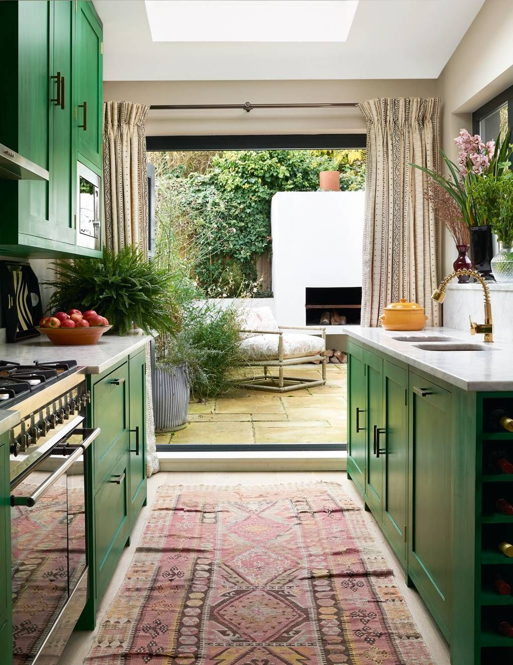 Sophie Ashby and Charlie CaselyHayford's flat in west