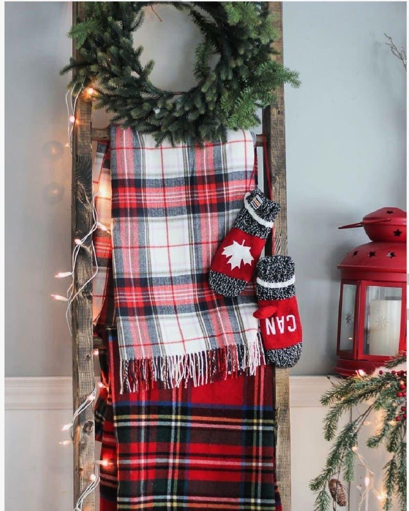Christmas Joy Cast  2020 30 Free Pattern Christmas Crochet Blanket Ideas in 2020 | Cabin