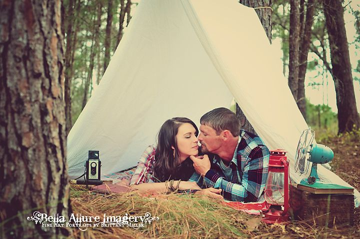 Vintage Camping Engagement Photography Session  #vintage #camping #engagement #photography #fall #tent Bella Allure Imagery www.bellaallurebl...