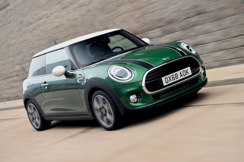 MINI Cooper S 60 Years Edition traditional sporting