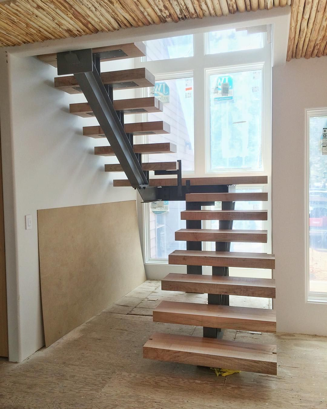 Best L Shaped Solid Wood Staircase Stairs Designs Indoor Wooden 400 x 300