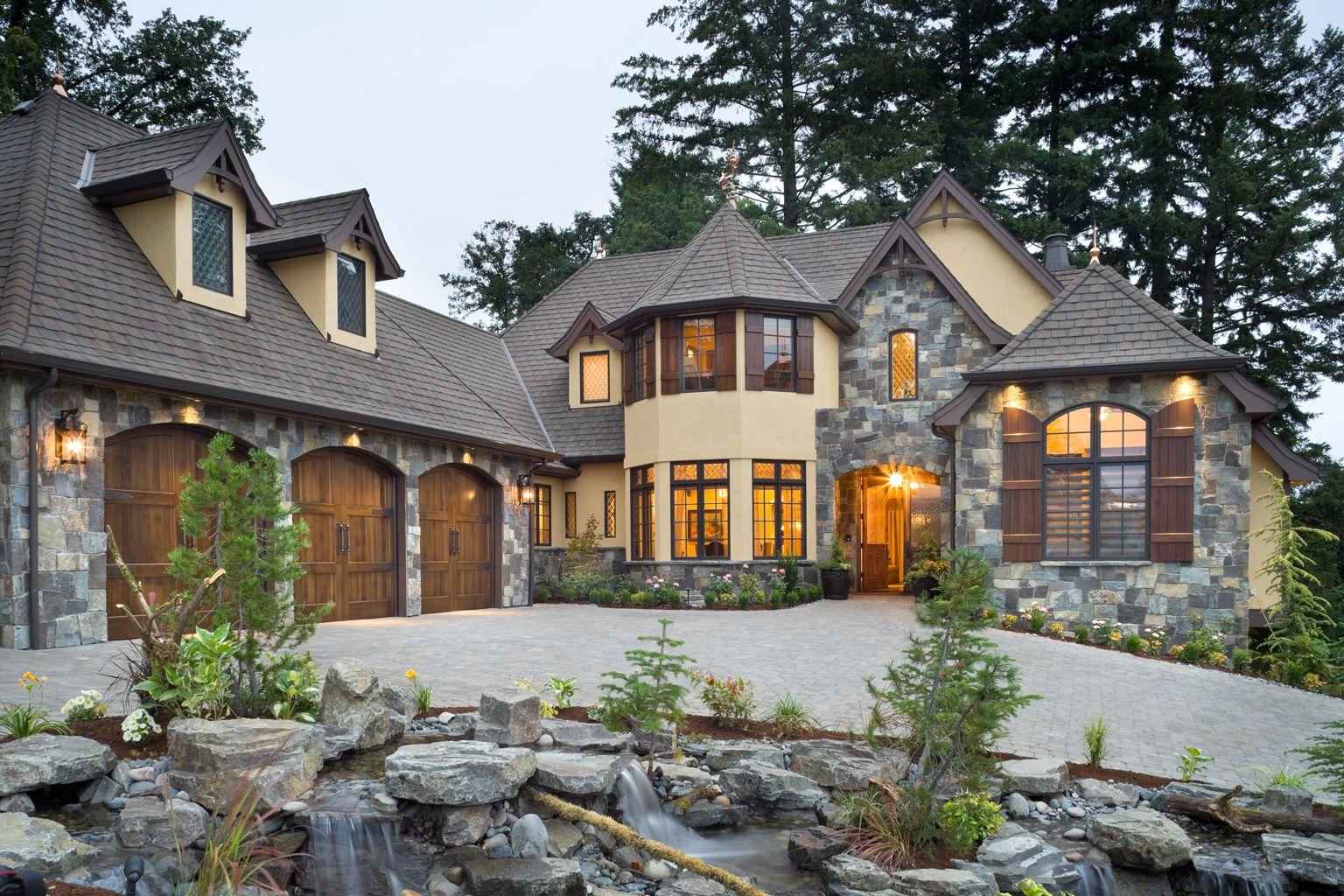 U0027Rivendell Manoru0027 By BC Custom Homes Represents Mascordu0027s Portland Street  Of Dreams Home Design
