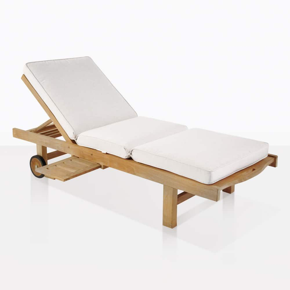A Gorgeous And Refined Teak Chaise Lounge With A Simple But Comfortable And Elegant Style Built From A Grade Pr Teak Chaise Lounge Sun Lounger Pool Furniture