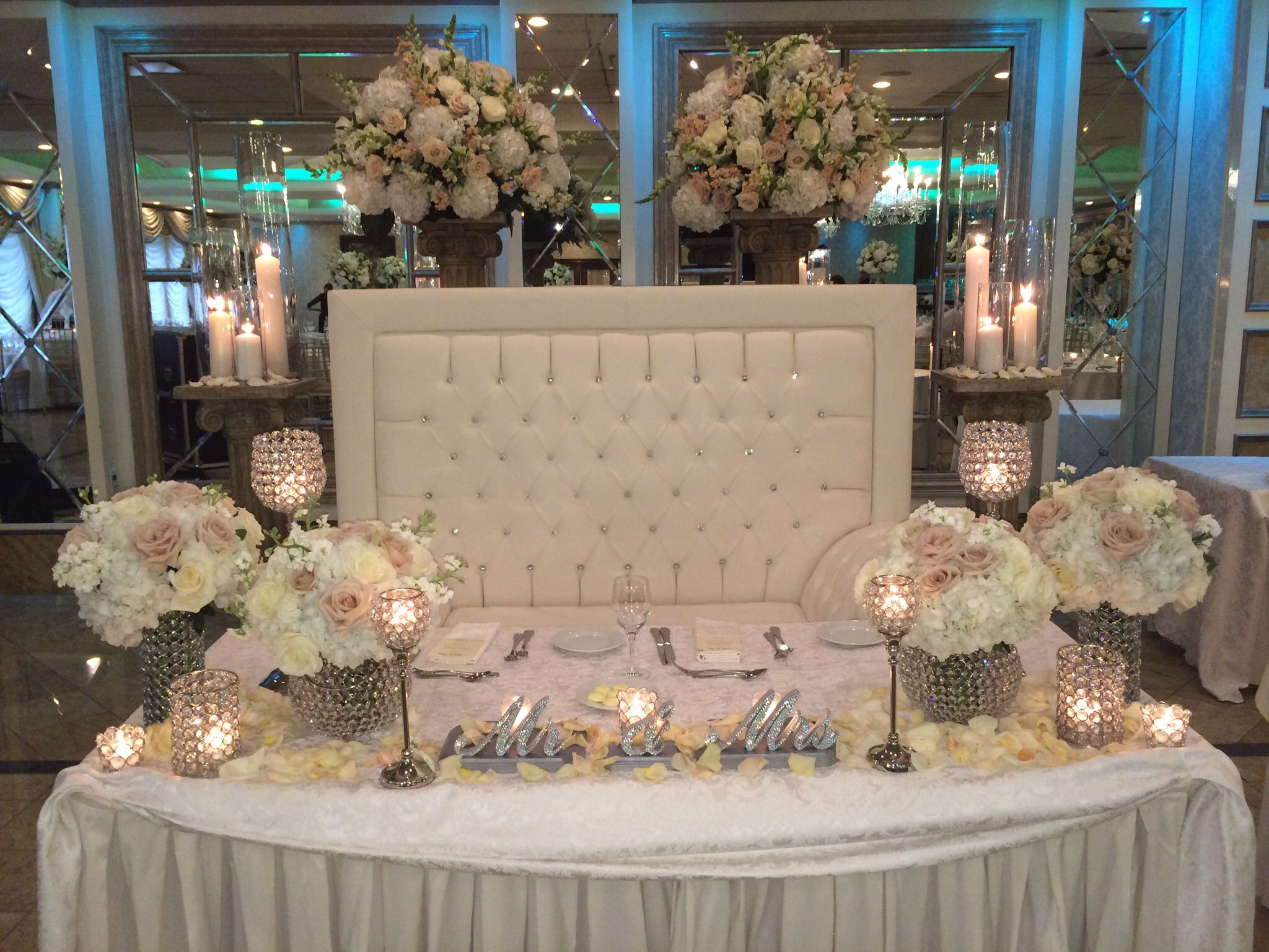Bon Beautiful Bride/ Groom Table~ Amaryllis Decorators Northvale, New Jersey