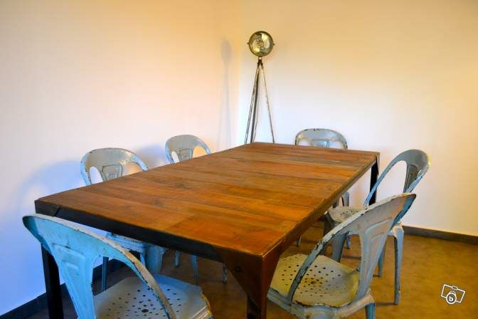 Table De Repas Metal Et Bois Style Industriel Ameublement Bouches Du Rhone Leboncoin Fr Ameublement Table Repas Style Industriel