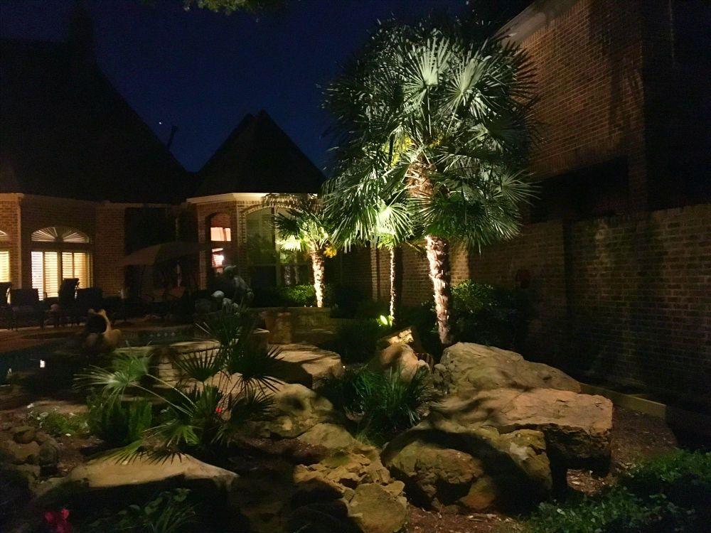 Outdoor Lighting In Dallas In 2020 Landscape Lighting Led Light Installation Outdoor Lighting