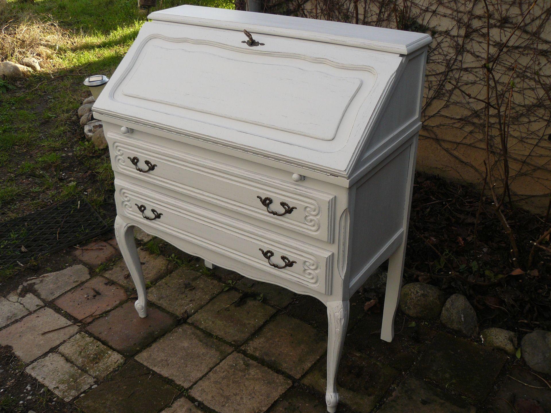 Secr taire de style xv cru et taupe avec 2 tiroirs for Un secretaire meuble