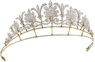 An Edwardian diamond honeysuckle tiara.  Provenance unknown.