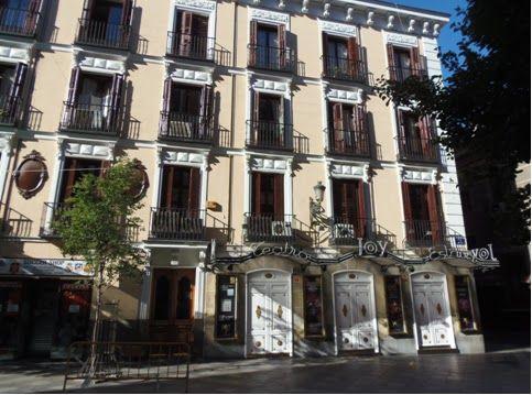 El Antiguo Teatro Eslava Actual Discoteca Joy Eslava Arenal 11 Su Fundador Fue El Empresario Bonifacio Eslava Herman Estilo Neoclasico Neoclasico España
