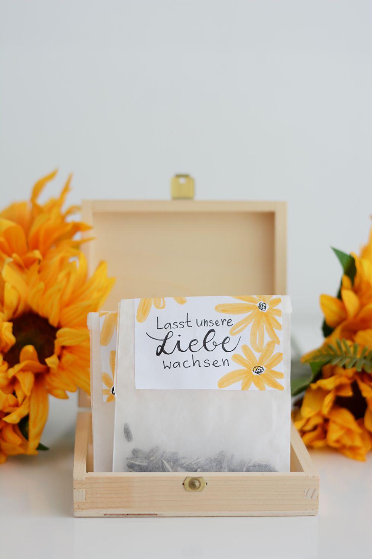 Diy Sonnenblumen Tuten Als Gastgeschenk We Love Handmade Sonnenblumen Hochzeit Gastgeschenke Hochzeit Partygeschenke