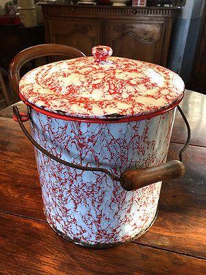 Pot De Chambre Ancien En Tole Emaillee Objets En Email Vintage Pots Tole