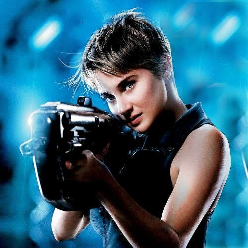 Do you see? Her eyes are blue in the picture! IF her hair was a little long... But I love Shai, andI think she is the perfect Tris!