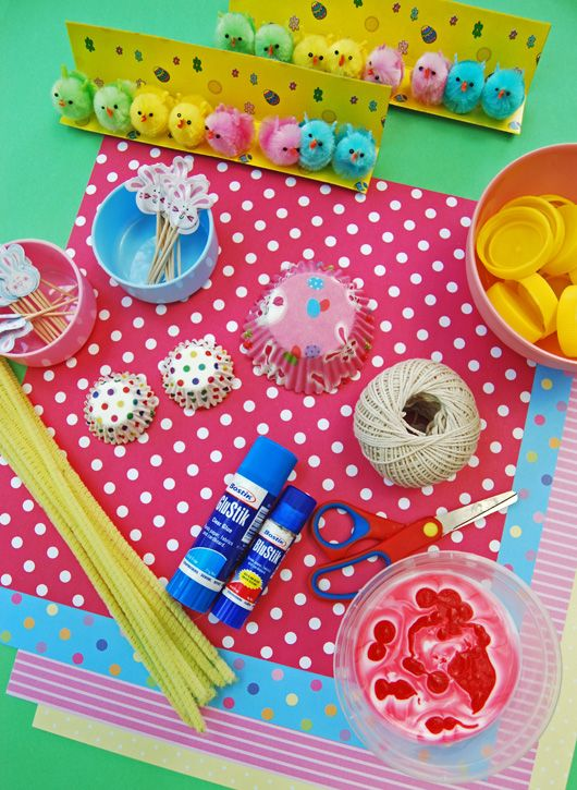 Easter-themed Invitation to Craft