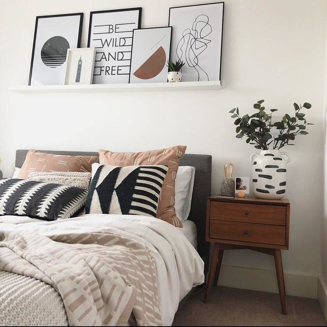 IKEA Real homes  Bedroom wall decor above bed, Bedroom interior