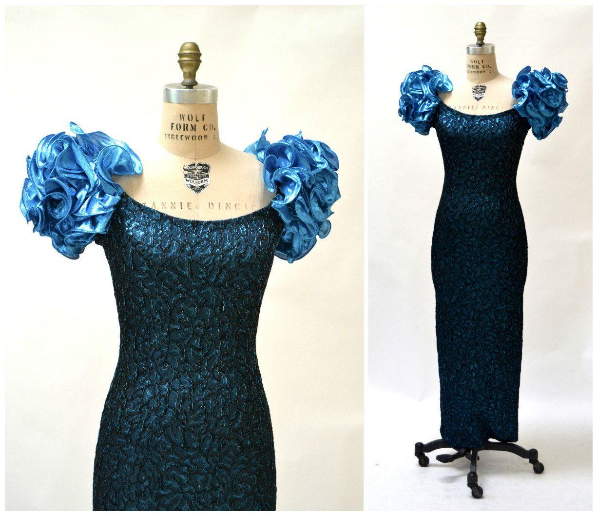 Metallic s prom dress size small medium black blue vintage blue