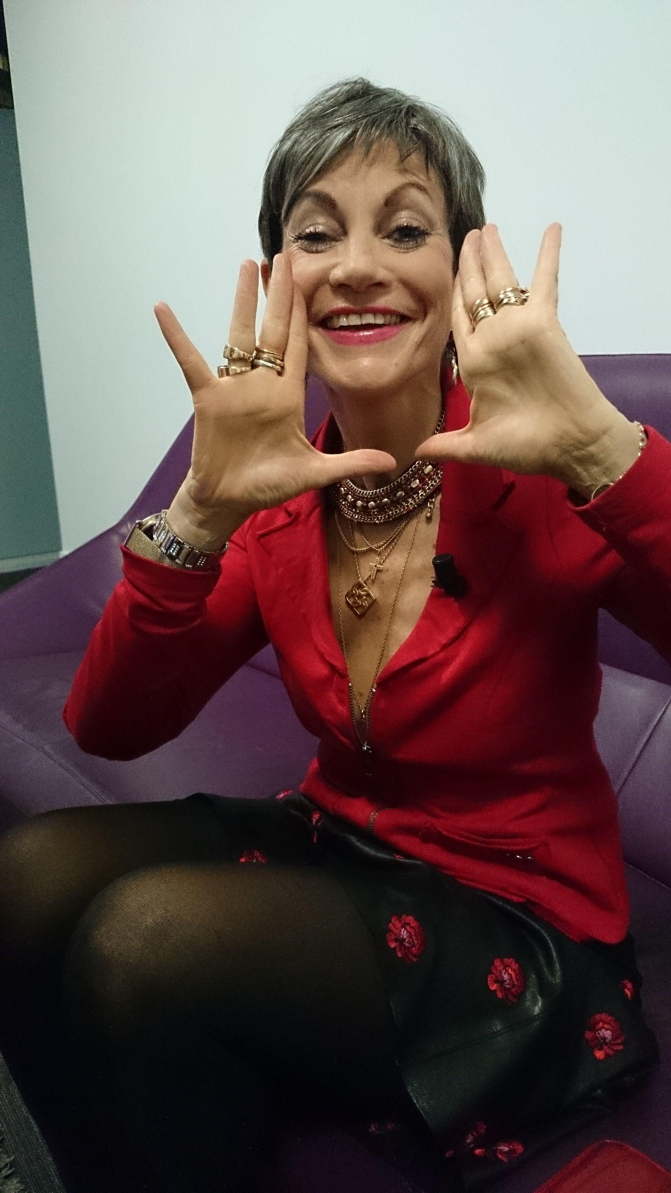 Isabelle Morini Bosc Vous Souhaite Une Belle Annee 2014 Backstage