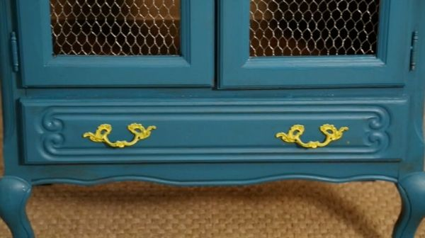 Etape 2 customiser vieux meubles