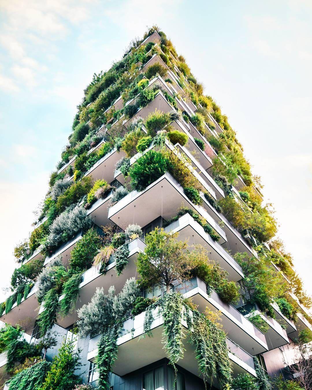 Pin Von Doubleu Auf Architecture Grune Architektur Grune Fassade Futuristische Architektur