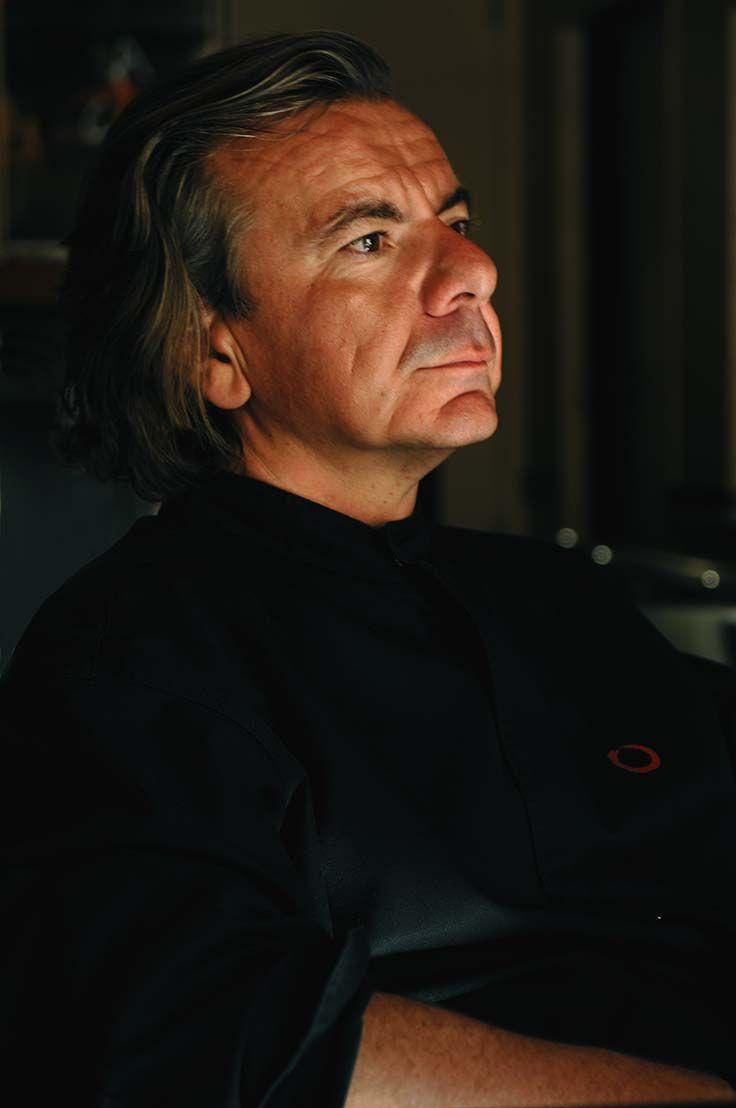 Jean-Luc #Rabanel, à la fois #chef et #acteur dans sa cuisine de L'Atelier, à…