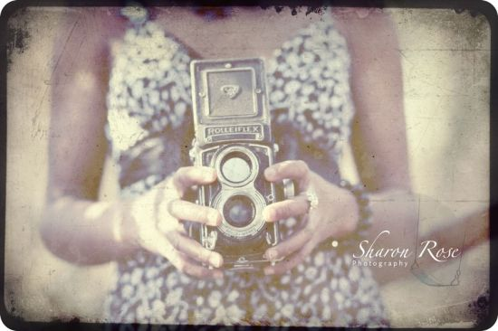 Vintage Yourself The Easiest Way To Create Vintage Photo Effect Http Www Webdesign Org Photoshop Ph Vintage Photo Editing Vintage Cameras Vintage Photos