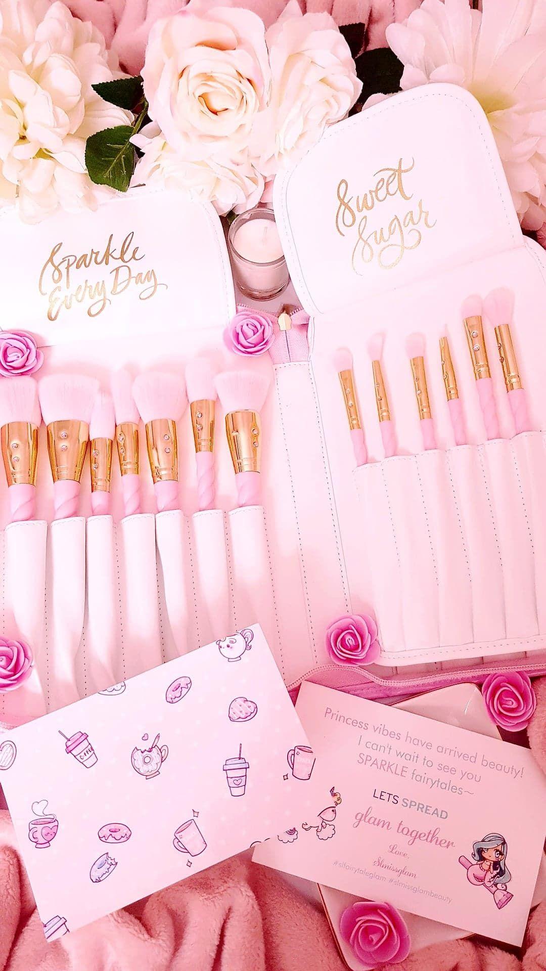 Glam Brushes Princess Edit* Girly images, Beautiful