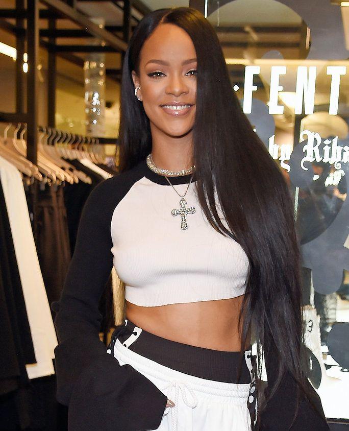 Rihanna S Best Hairstyles Rihanna Hairstyles Rihanna Long Hair Rihanna