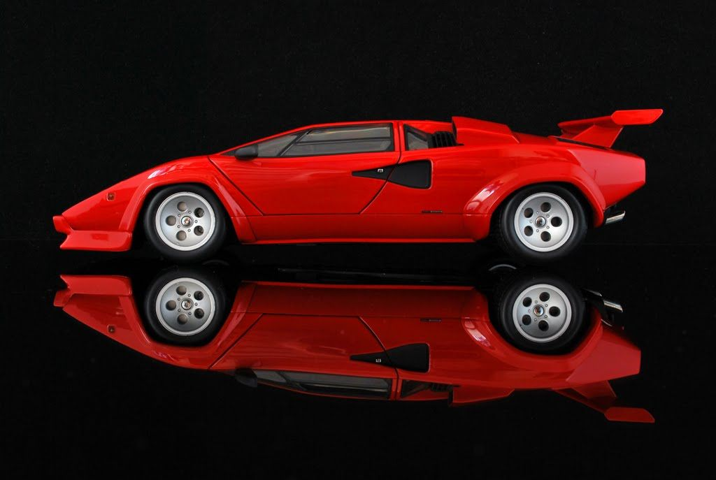 Lamborghini Countach 5000s 1 18 Model By Kyosho Welcome To My Bedroom Wall Circa 1986 Lamborghini Countach Lamborghini Red Lamborghini