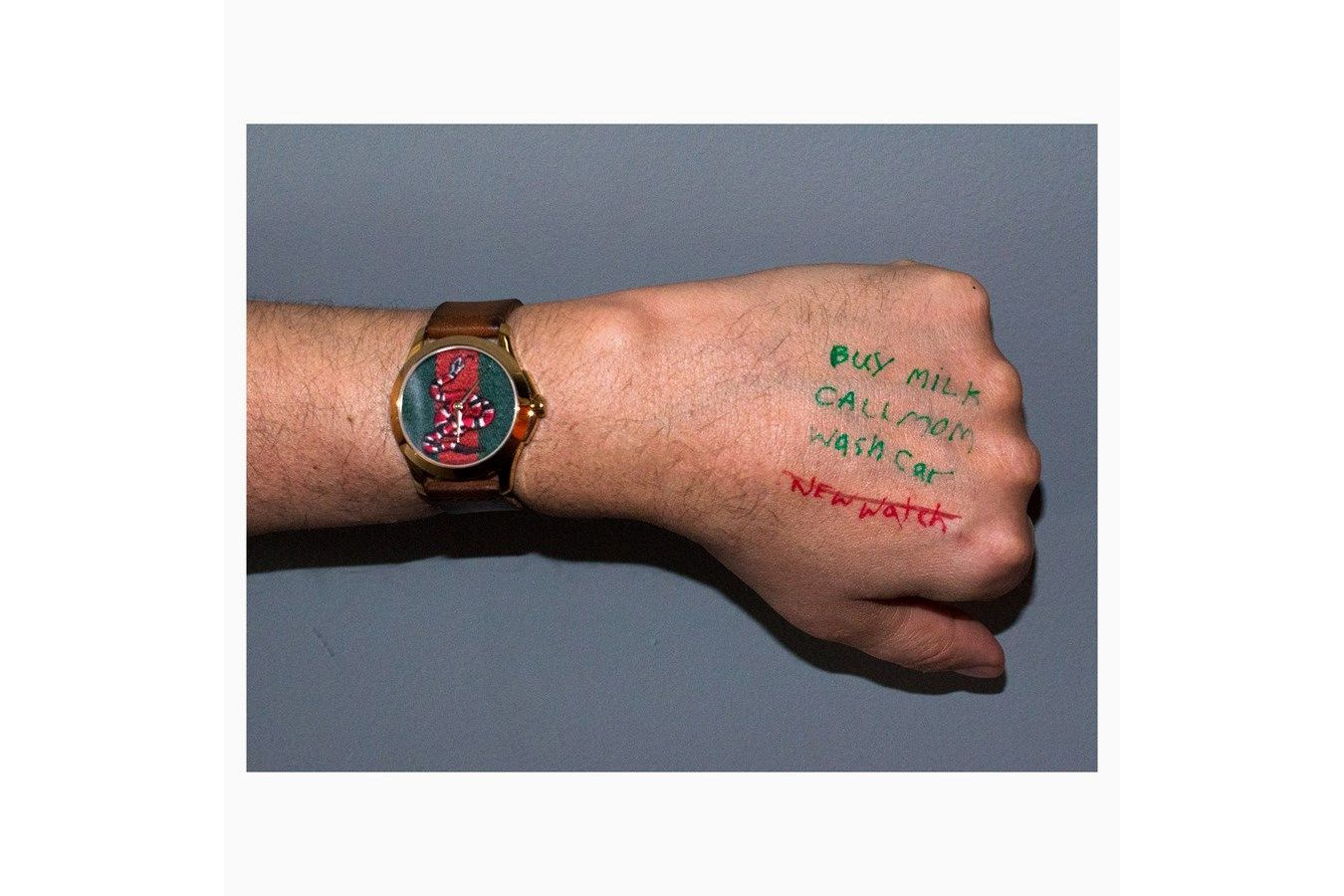 Gucci Memes Watch Collection 100109 Bracoeur Style And Posture