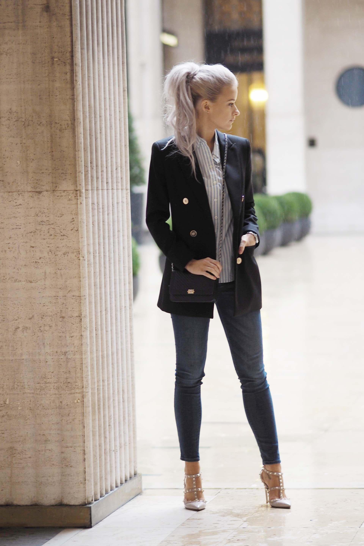 adaf5b91b074 Paris Fashion Week  Diary Edition - Inthefrow