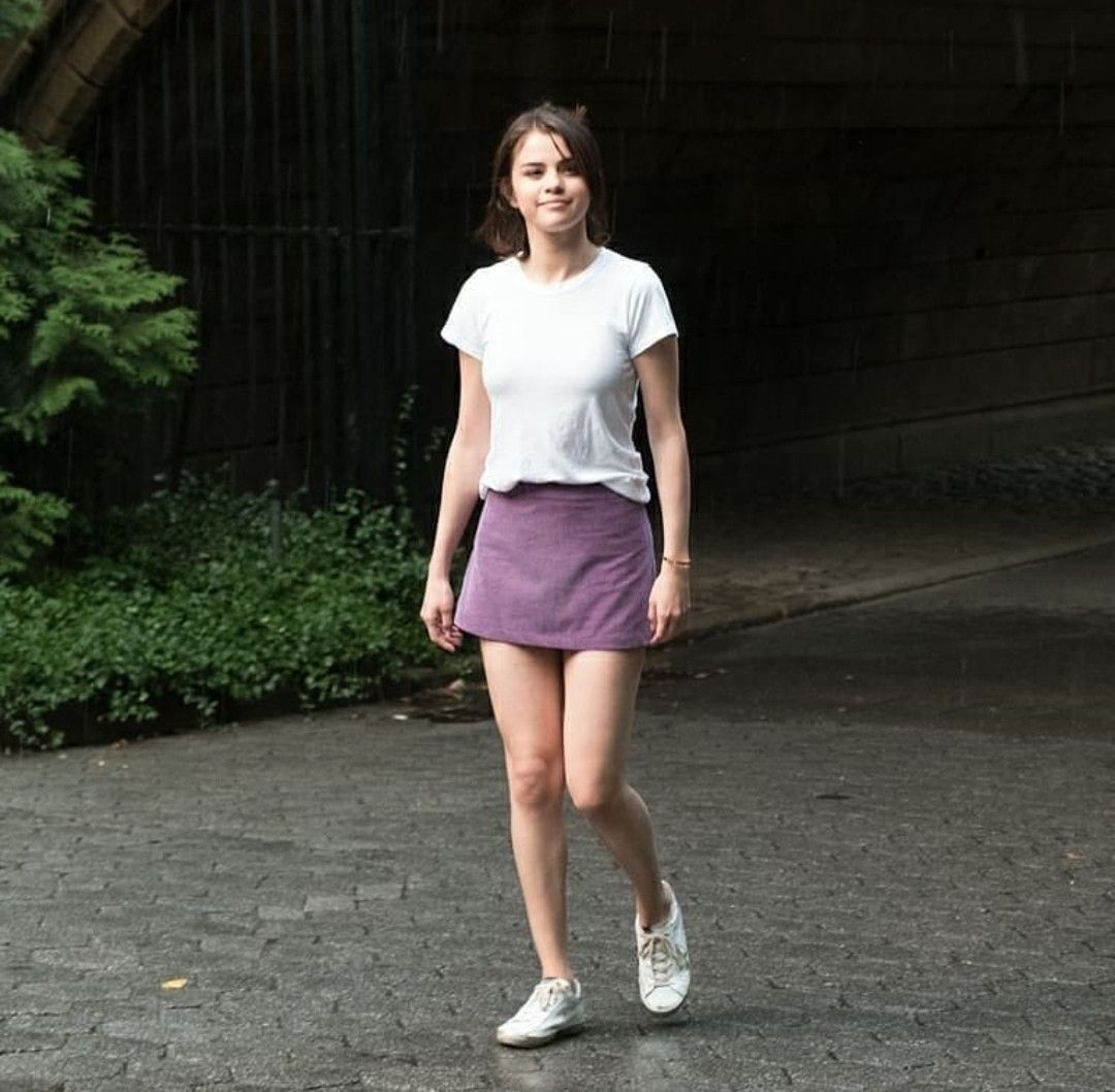 Pin by Betül on SG Movies | Mini skirts, Fashion, Marie gomez