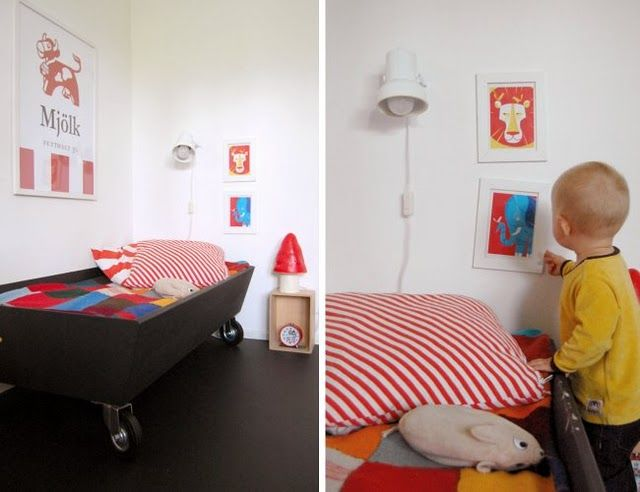 toddler bed in boy's room