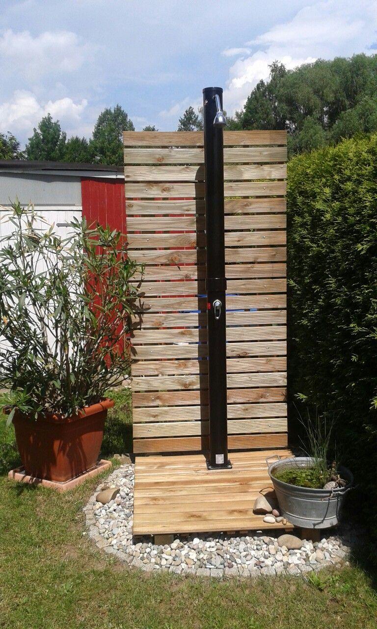 Solar Gartendusche für heiße Sommertage - Kleines Urlaubsfeeling -  Solar Gartendusche für heiße Sommertage – Kleines Urlaubsfeeling