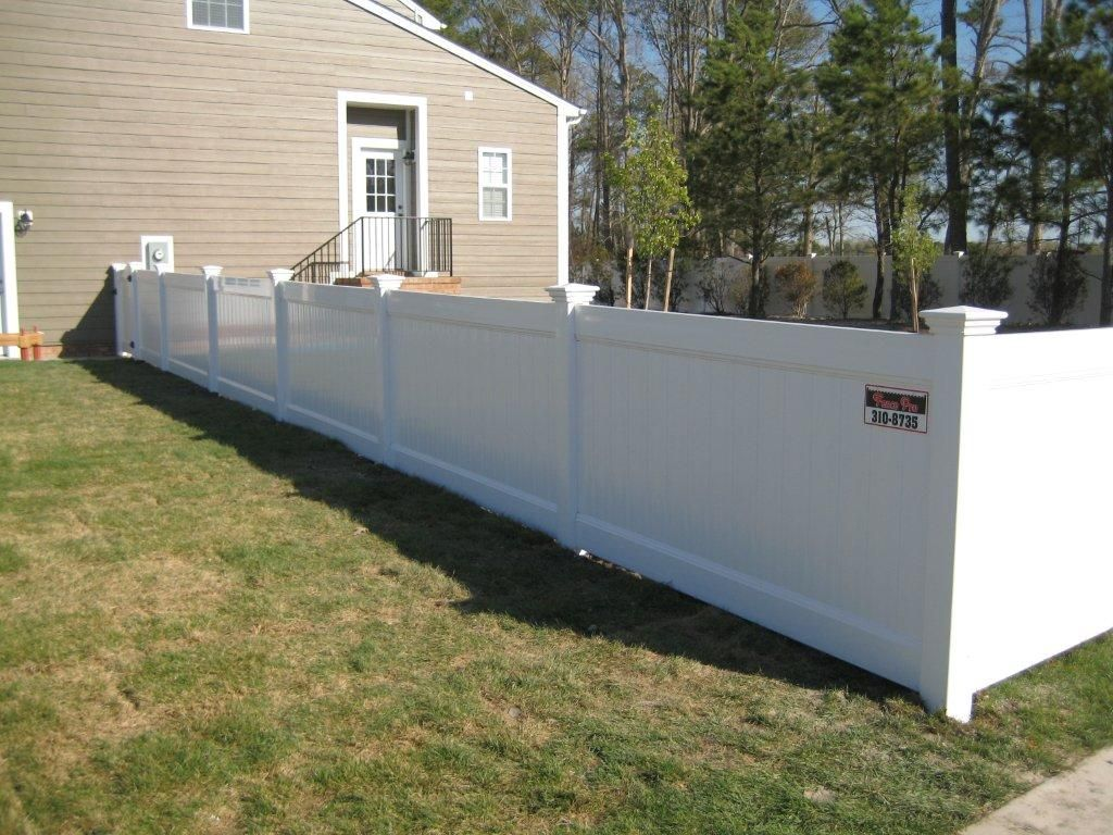 Vinyl Privacy Fencing Cheapest Prices Affordable White Vinyl