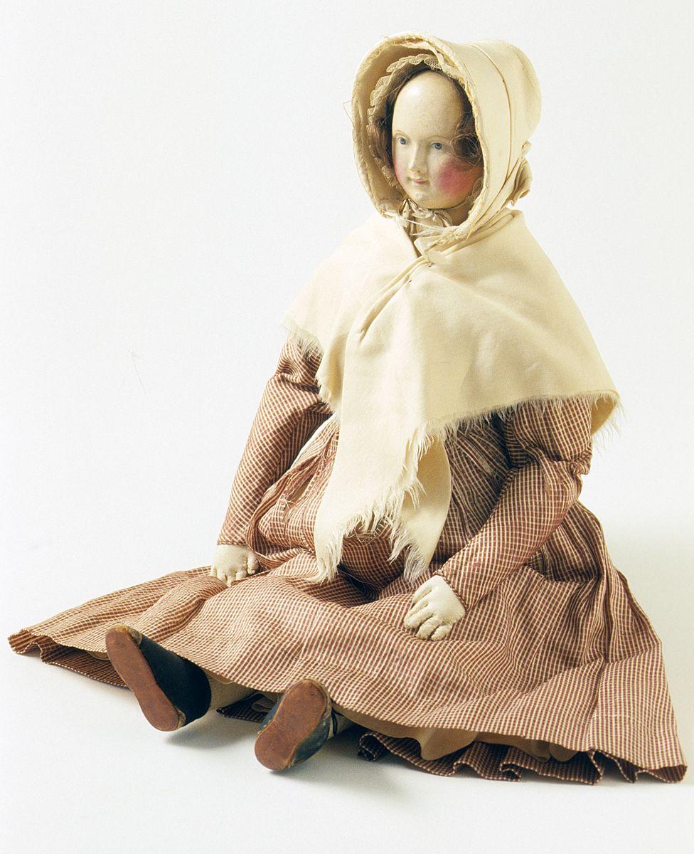 Doll-1835-1845  Her little bonnet is adorable.