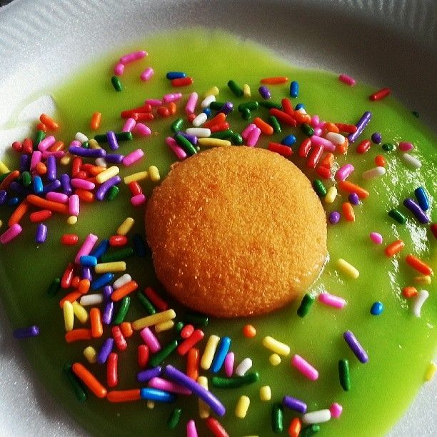 Green Eggs and Ham! Vanilla instand pudding w/ green food coloring ...