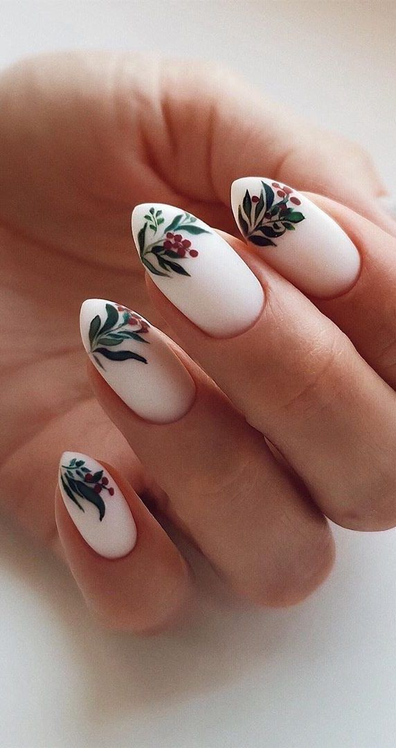 43+ This Year Best Christmas Nails Design and Acrylic Ideas - Page 15 of 43 - Daily Women Blog #christmasnailsacrylic
