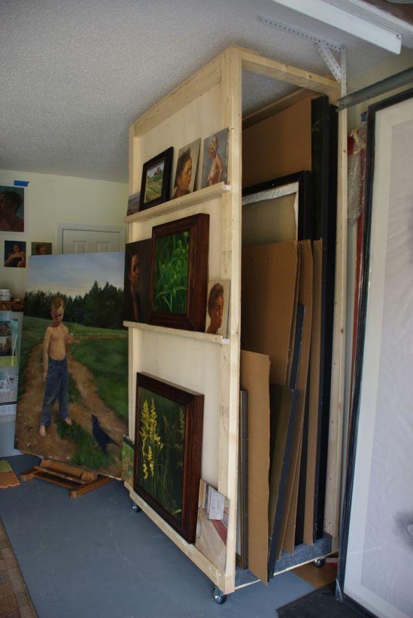 armoire rangement tableaux peinture artiste atelier in. Black Bedroom Furniture Sets. Home Design Ideas